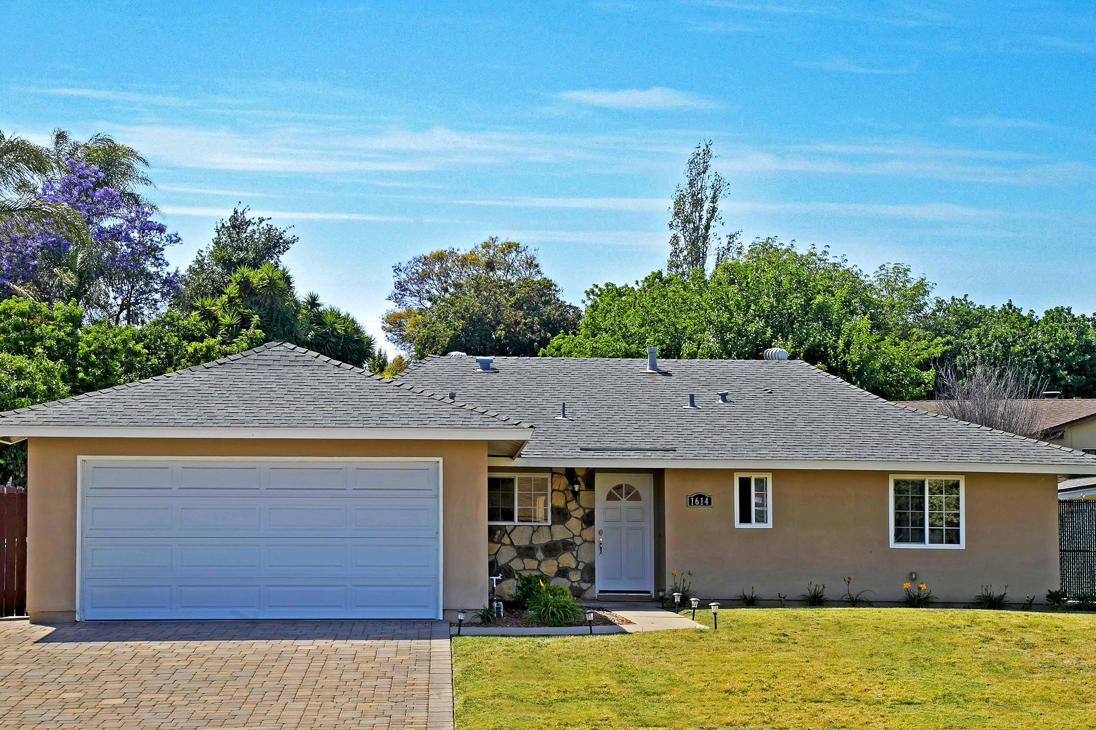 1614 Goodwin Drive, Vista, CA 92084