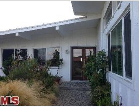953 Glenhaven Drive, Pacific Palisades, CA 90272