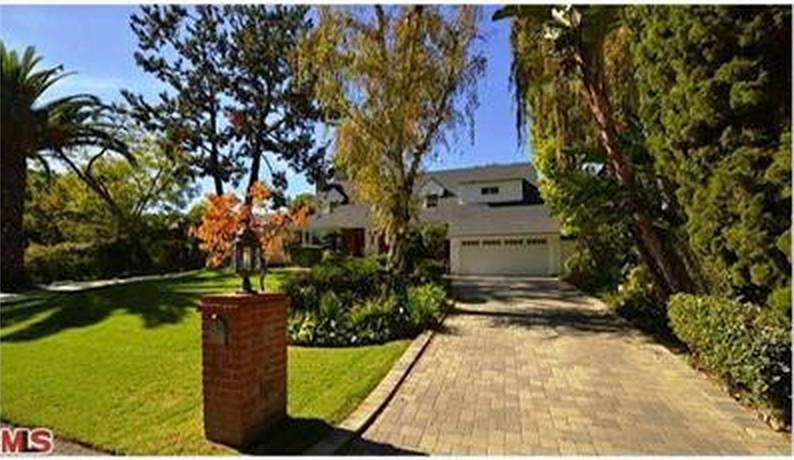 135 N Canyon View Drive, Los Angeles, CA 90049