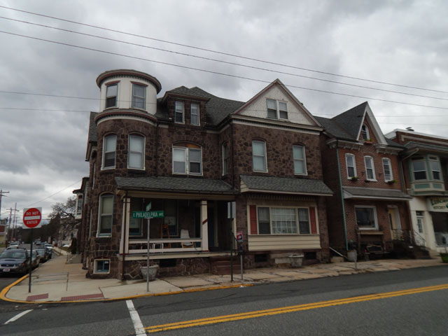 234 E Phildelphia Ave, Apt #8, Boyertown, PA 19512