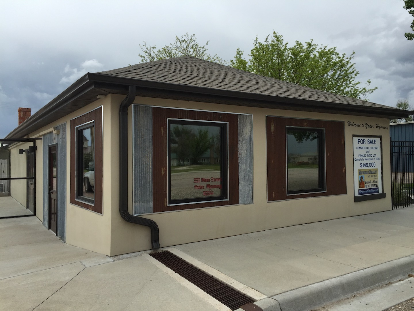 REMODELED BUILDING 223 Main Street, Yoder, WY 82244