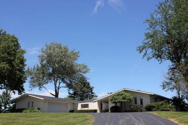 1024 Hilltop Drive, Morrison, IL 61270