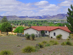1010 N Bird, Alpine, TX 79830