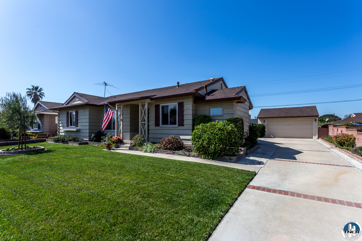 10327 Newcomb Ave, Whittier, CA 90603