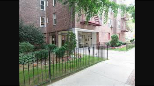 33-25 90 th street 1H, Jackson Heights, NY 11372