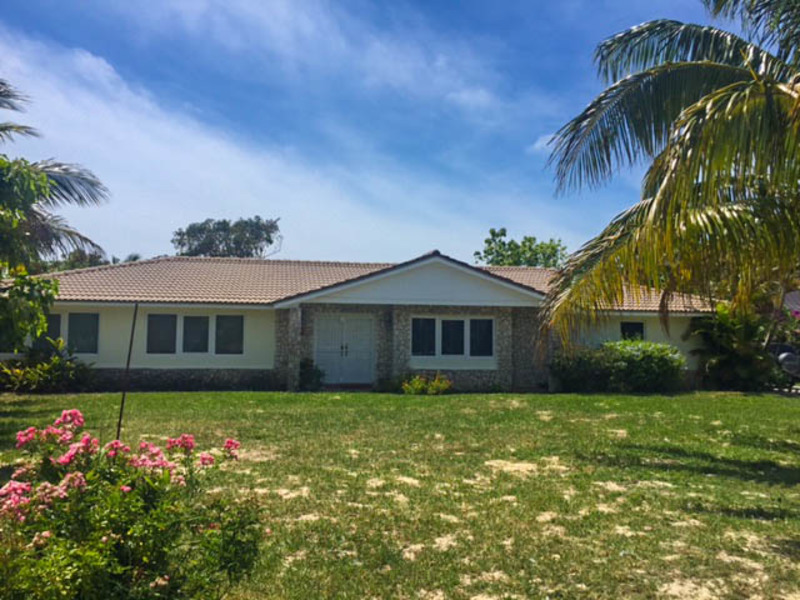 Lovely Bahamia home with pool!, Grand Bahama/Freeport,