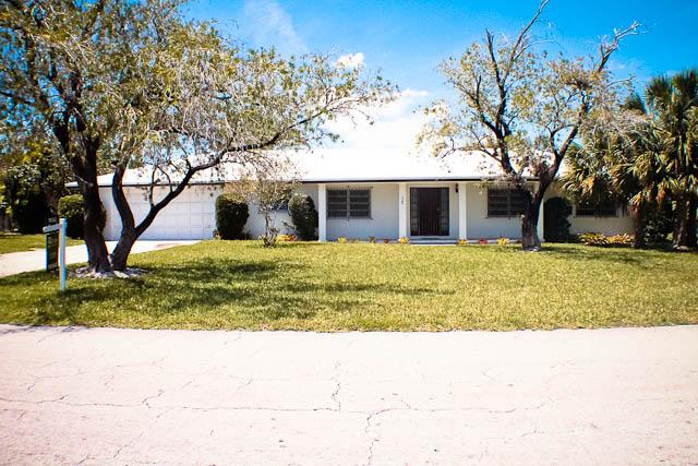 Santa Maria Home with 2 additional lots, Grand Bahama/Freeport,