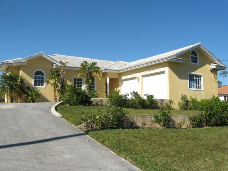Single-family Dwelling in Chesapeake, Grand Bahama/Freeport,