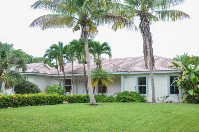 Large Fortune Cay Home on Oversize Lot!, Grand Bahama/Freeport,