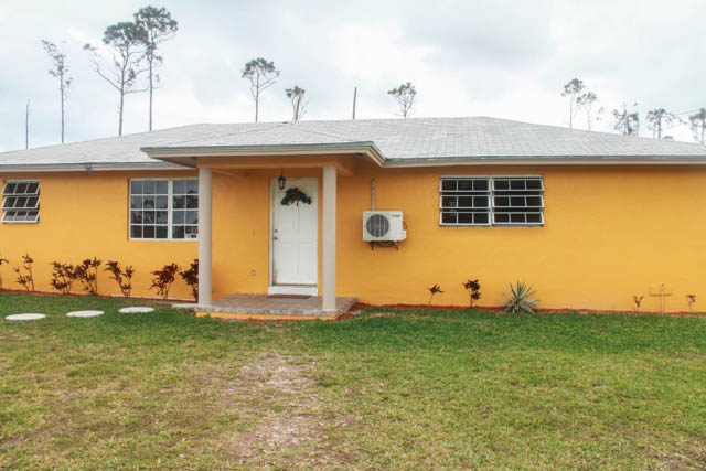 Charming Family Home in the Sunset Subdivision, Grand Bahama/Freeport,