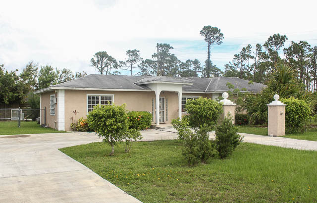 Affordable Family Home, Grand Bahama/Freeport,