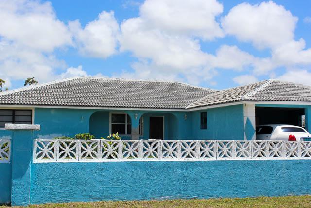 5575 4 Bedroom Home in Bahamia, Grand Bahama/Freeport,