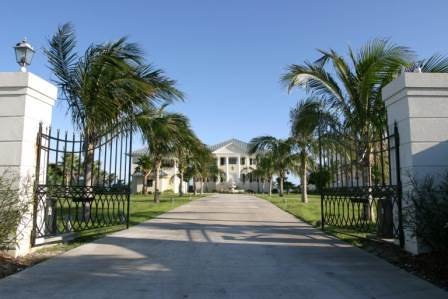 Luxurious Family Home in Princess Isles, Grand Bahama/Freeport,