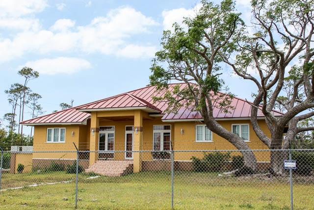 Charming Family Home in Windsor Park, Grand Bahama/Freeport,