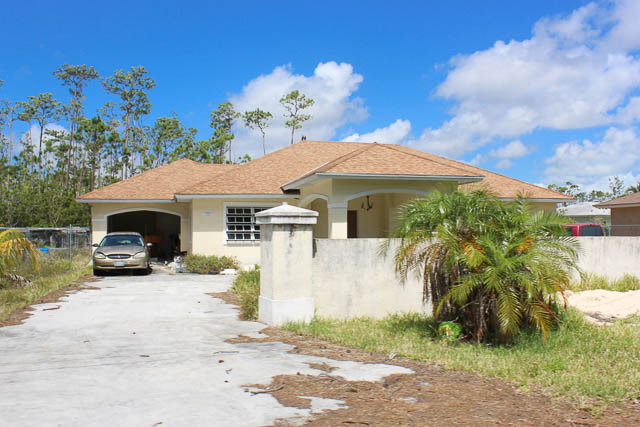 9487 3 Bedroom Family Home in Arden Forest, Grand Bahama/Freeport,