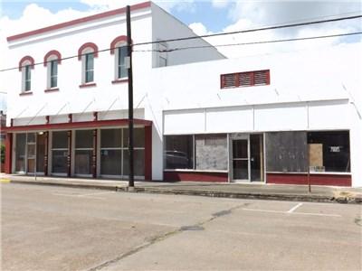 101-103 Main St, Eagle Lake, TX 77434
