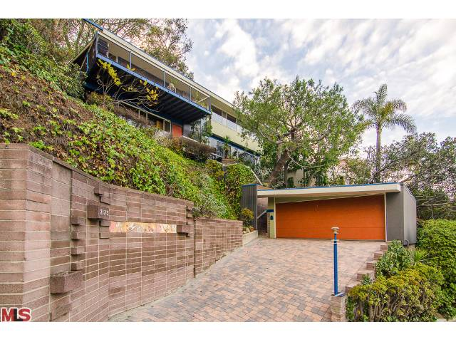 2173 Redcliff, Los Angeles, CA 90039