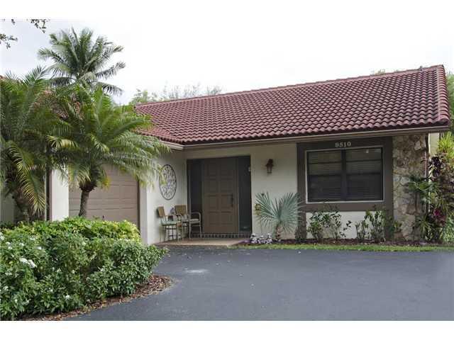 9510 Shadow Wood Ct, Coral Springs, FL 33071