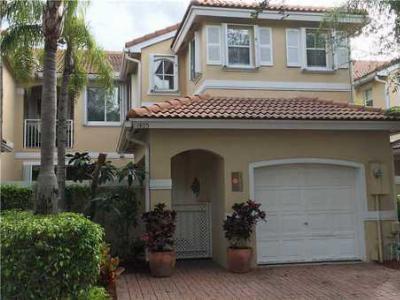 1405 Yellowheart Wy, Hollywood, FL 33019
