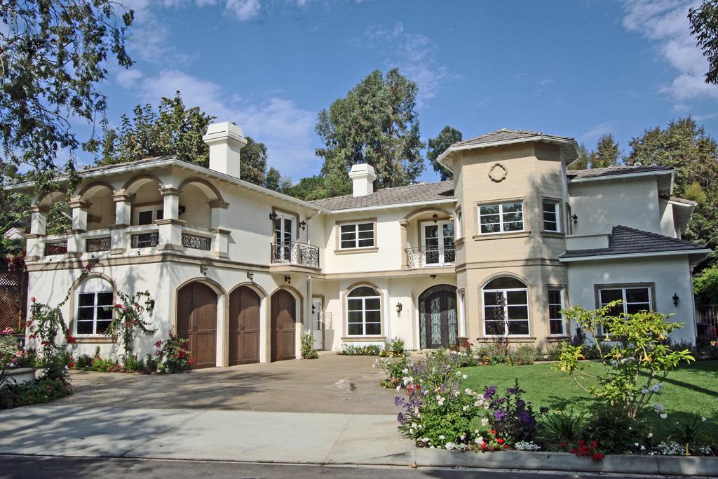 921 Greentree Dr., Pacific Palisades, CA