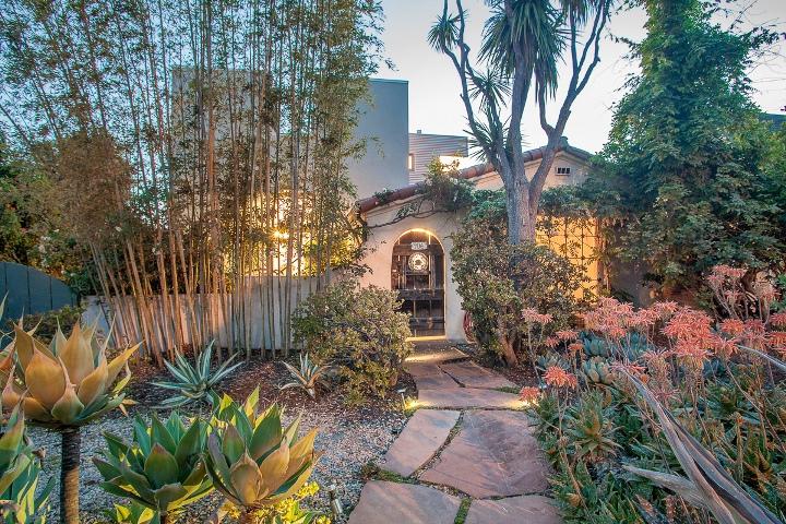 906 Princeton, Santa Monica, CA 90403