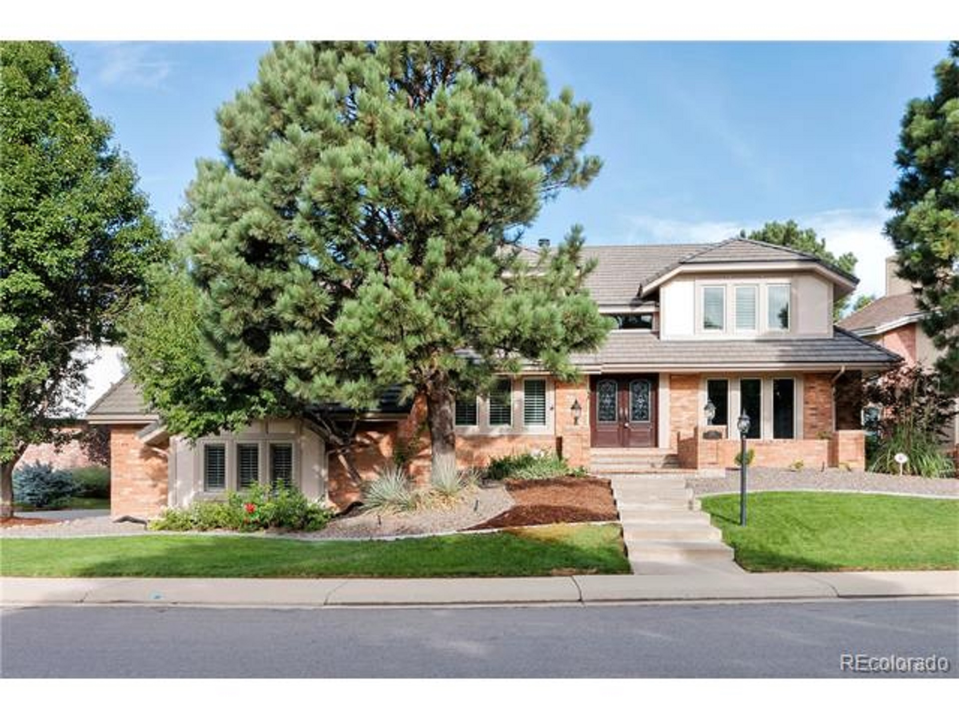 2171 S Parfet Dr, Lakewood, CO 80227