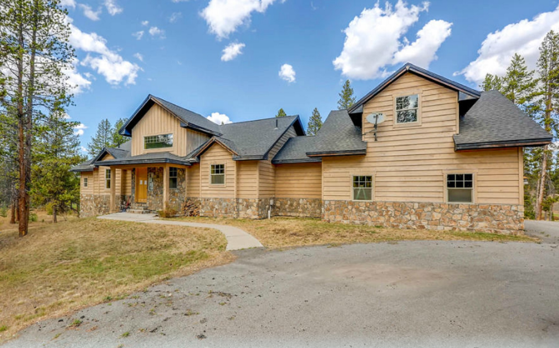 1250 Wildberry Ln, Tabernash, CO 80478