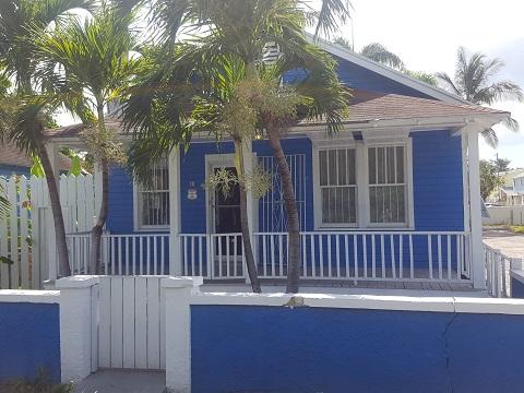#10 Colebrook Lane 10, Nassau,