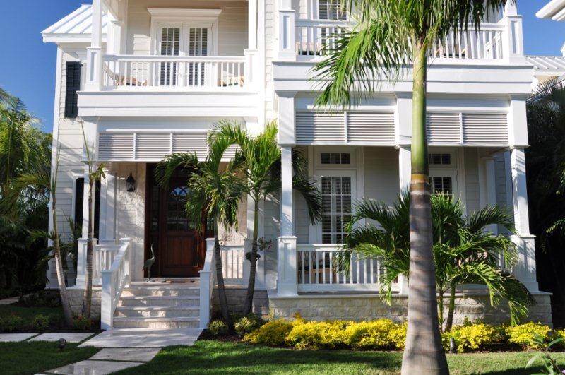 Old Fort Bay, Nassau,