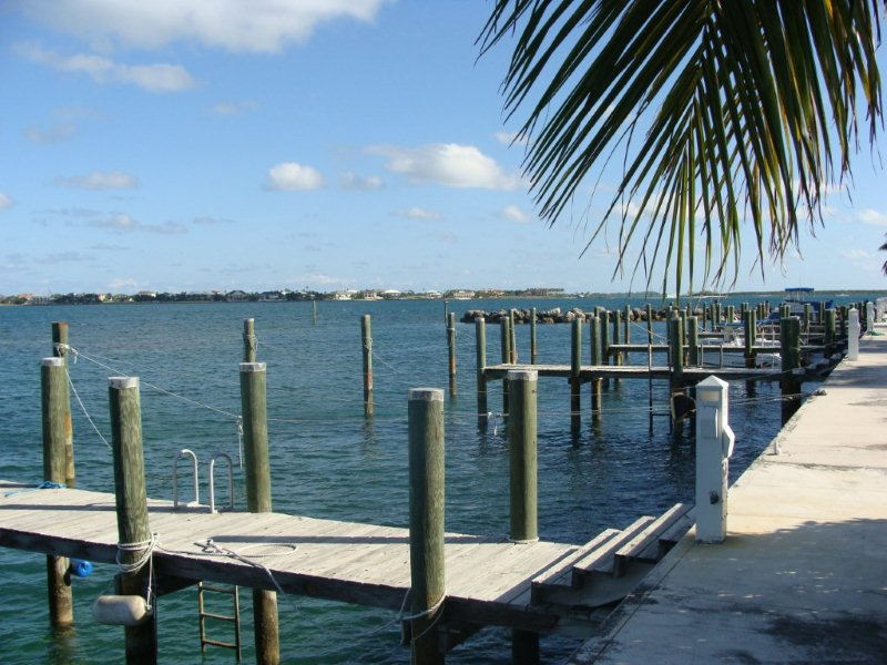 Dicks Point, Nassau,