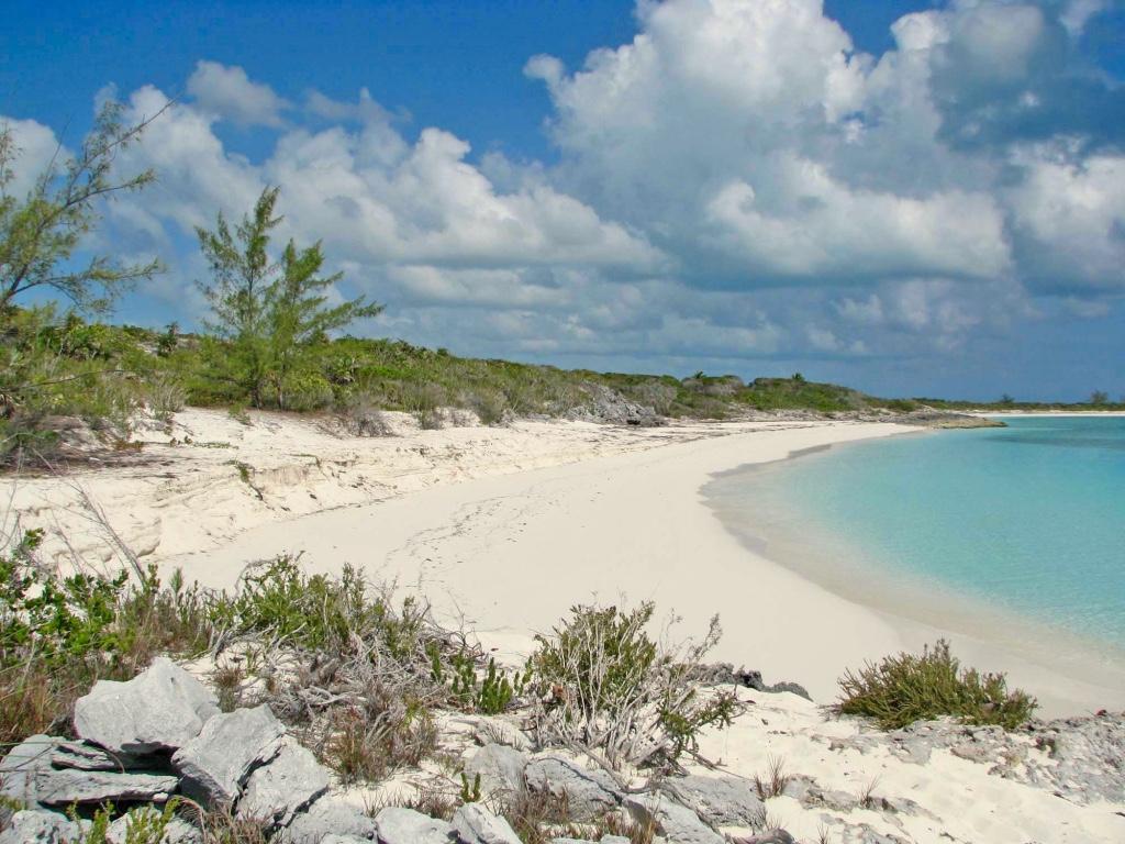 Ocean to Ocean beachfront Acreage, Exuma & Exuma Cays,