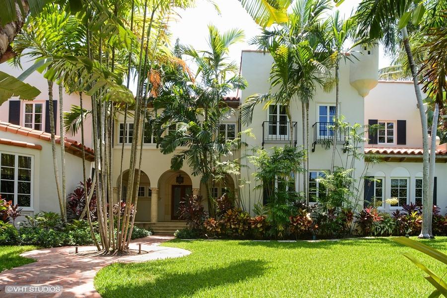 200 Barton Ave, Palm Beach, FL 33480