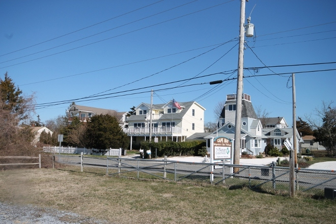 621 Sunset Blvd, West Cape May, NJ 08204