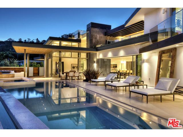 1734 N. Doheny, Los Angeles, CA 90069