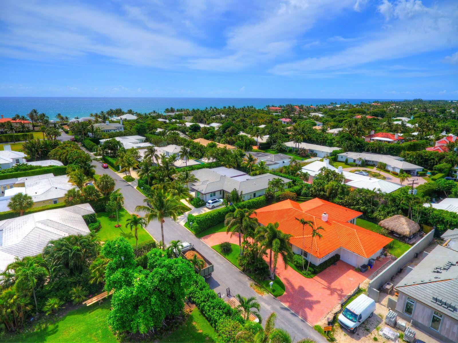 Ocean Terrace, Palm Beach, FL