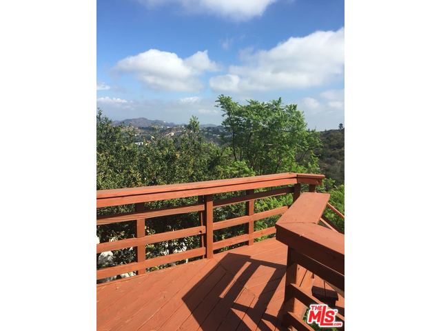2234 Ridgemont Dr., Hollywood Hills, CA 90046