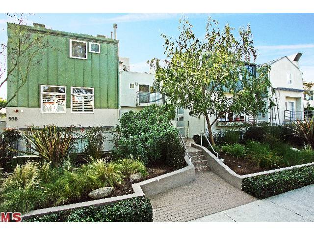 938 N. Lincoln Blvd. 9, Santa Monica, CA 90403