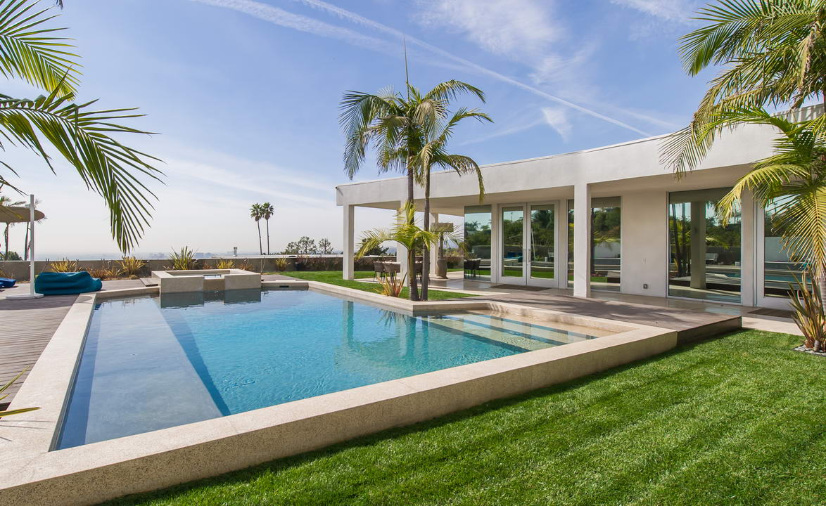 525  Chalette Drive, Beverly Hills, CA 90210