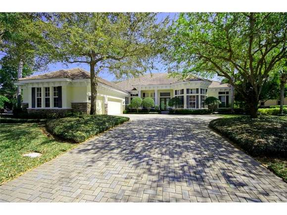 901 Skye Lane, Palm Harbor, FL 34683