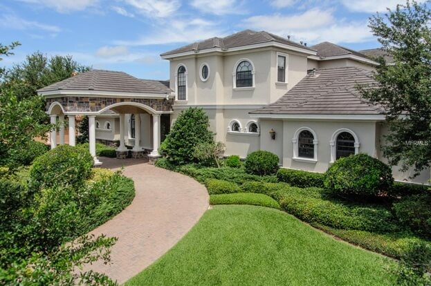 1277 Playmoor Dr., Palm Harbor, FL 34683