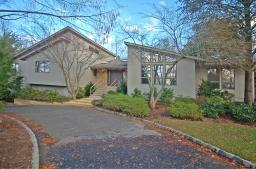 40 Snoden Lane, Watchung, NJ