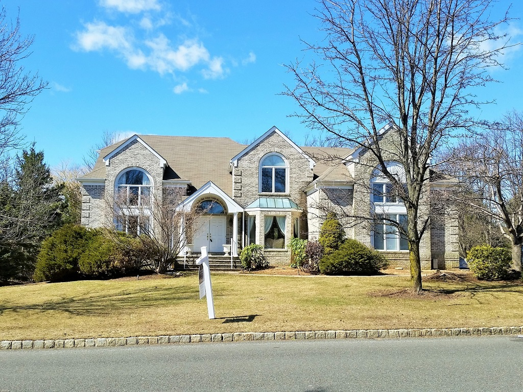 122 Briarwood Dr West, Warren Twp., NJ 07059