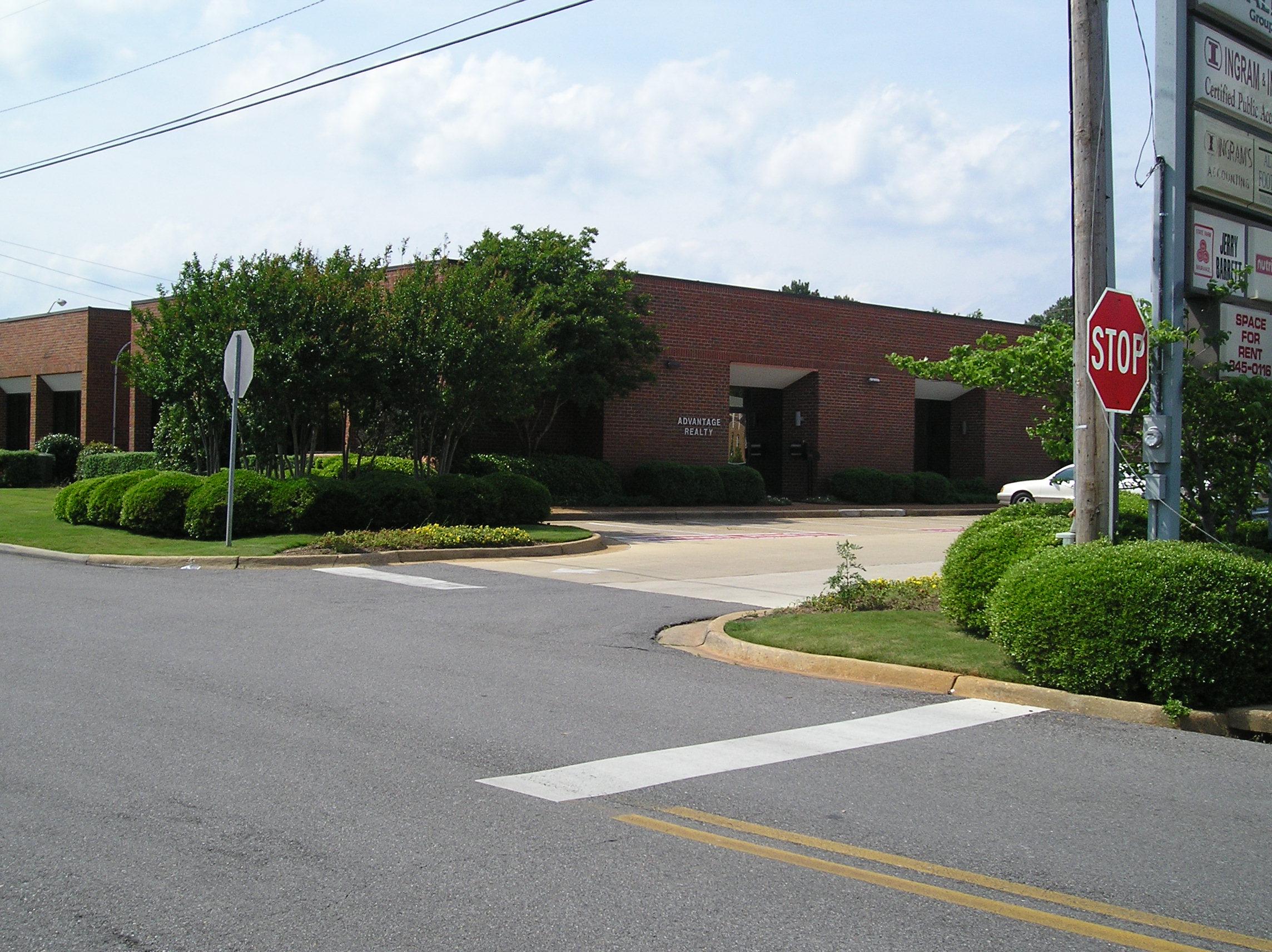1649  North McFarland Blvd. 202, Tuscaloosa, AL 35406