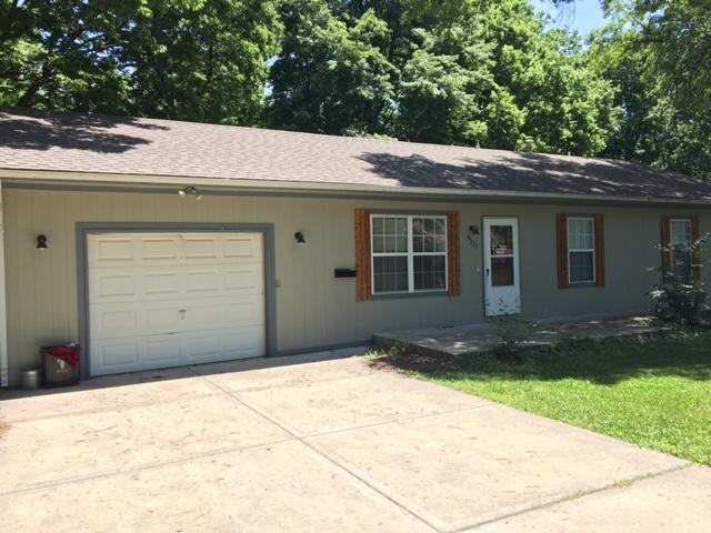5327 N Garfield, Kansas City, MO 64118