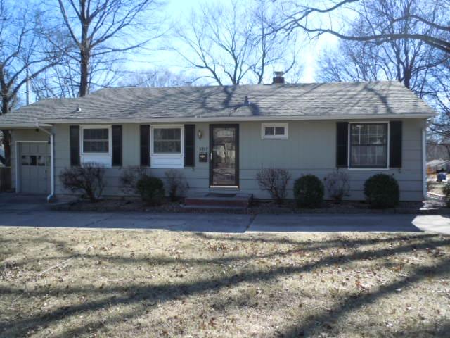5317 W 73rd, Prairie Village, KS 66208